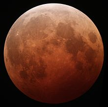 Lunar_eclipse_October_8_2014_California_Alfredo_Garcia_Jr_mideclipse