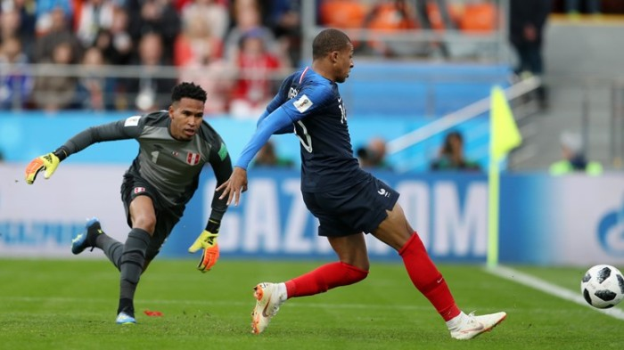 Mbappe scored the winning goal on the tight context France 1 - 0 Peru