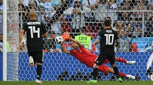 messi missed his penalty_penalty saved
