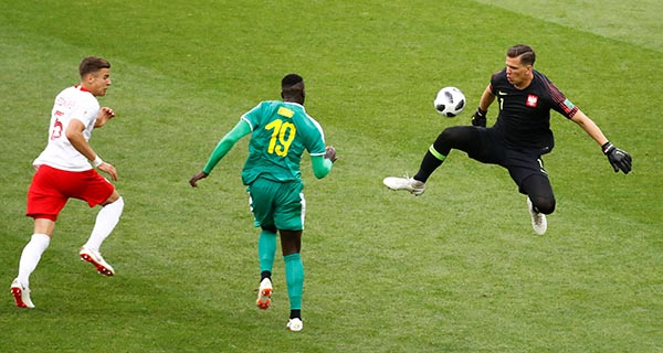 Senegal scores 2nd goal against Poland at FIFA worldcup 2018