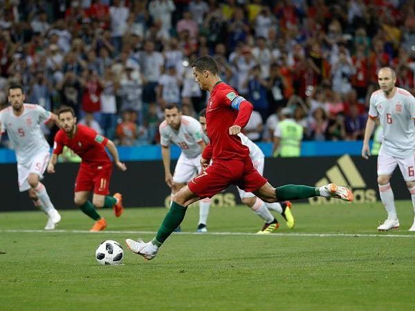 Ronaldo-penalty-fifa royal trending news