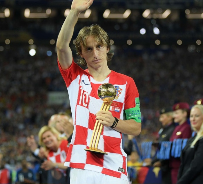 Luka Modric with the Golden Ball Trophy in the 2018 FIFA world cup